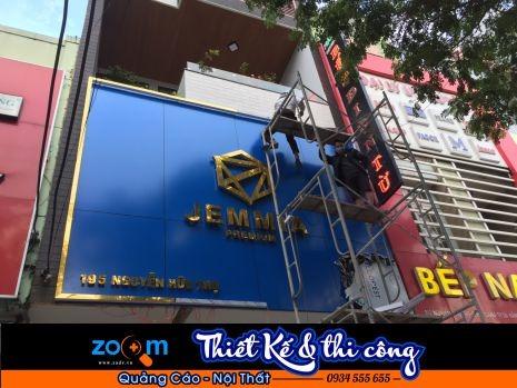 Bảng hiệu làm viền inox vàng tại Đà Nẵng