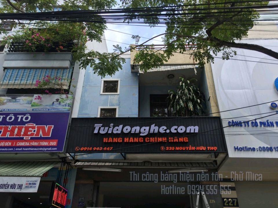 bảng hiệu nền tôn chữ mica tại Đà Nẵng