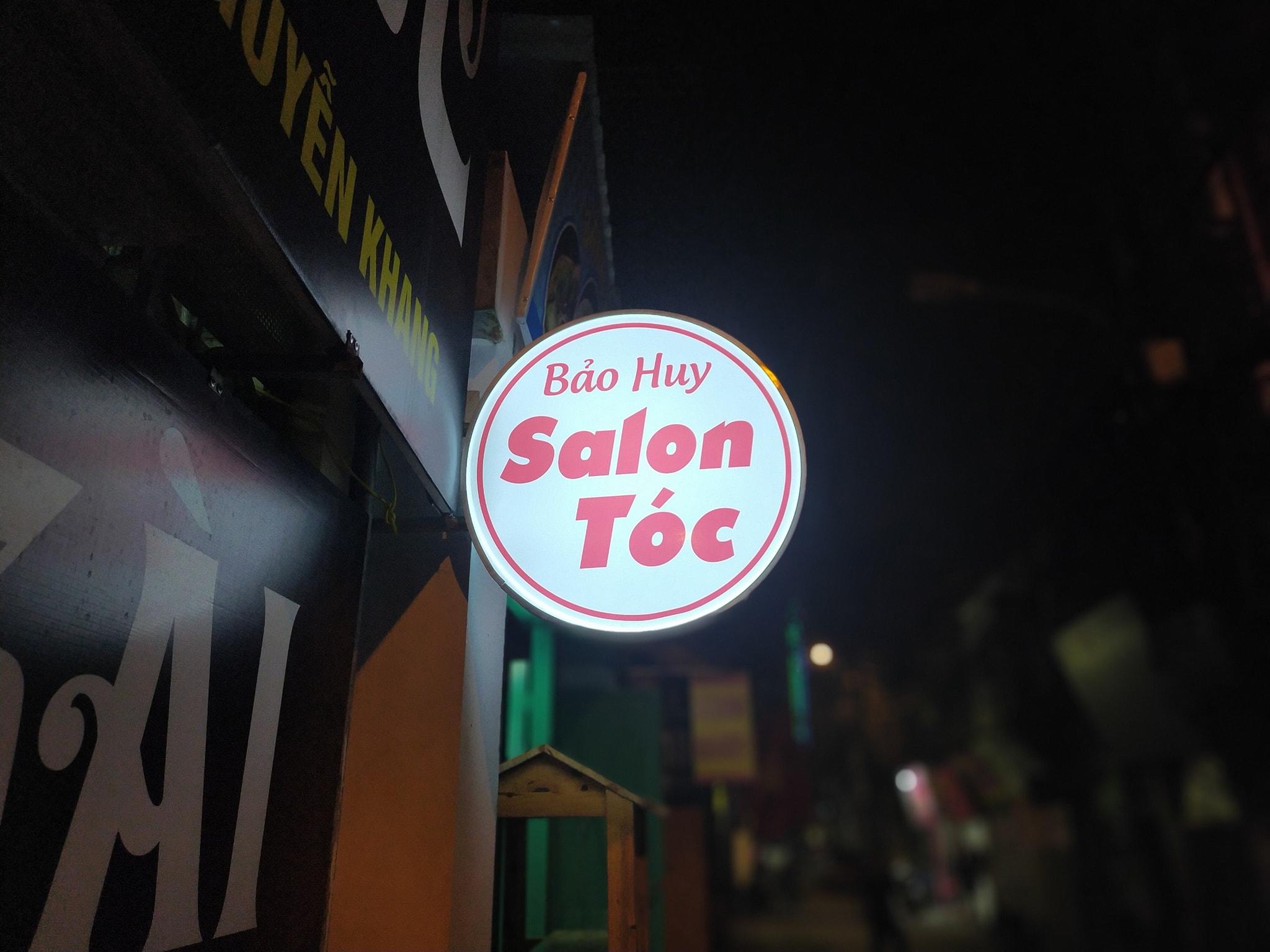 Hộp đèn mica cắt tóc tại Đà Nẵng
